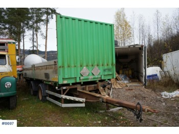 Wilco 2 axle container trailer with flatbed. Repair object - containerbil/ veksellad påhængsvogn